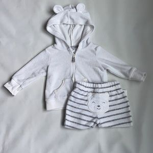 Carters Baby jacket and pants white size 6 months